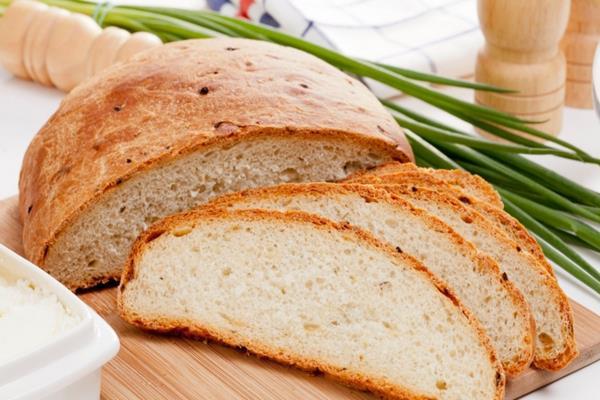 Cebulowy chleb